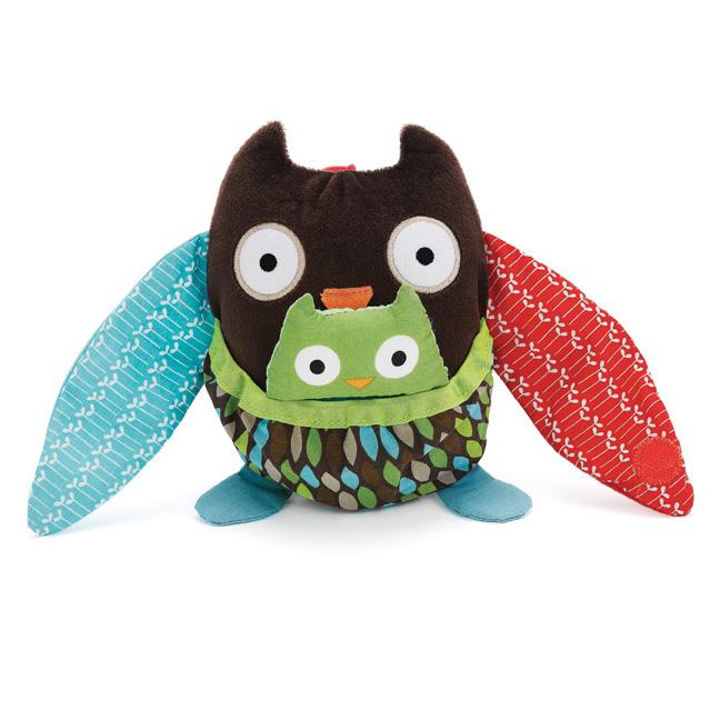SH-HugAndHideStoller-Owl-StillLife(lo)